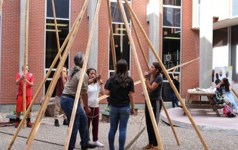 Students Celebrate Native American Week