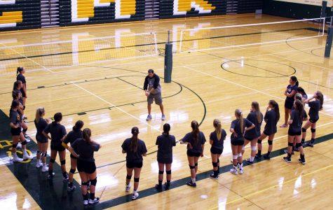 Rustler volleyball preps for the 2017 season